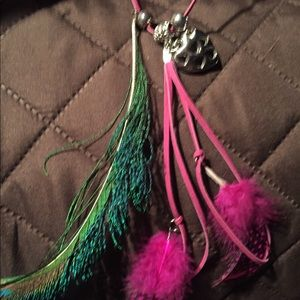 Fun purple and feathers long cord